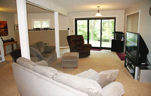 Apple Valley Lake Family Room