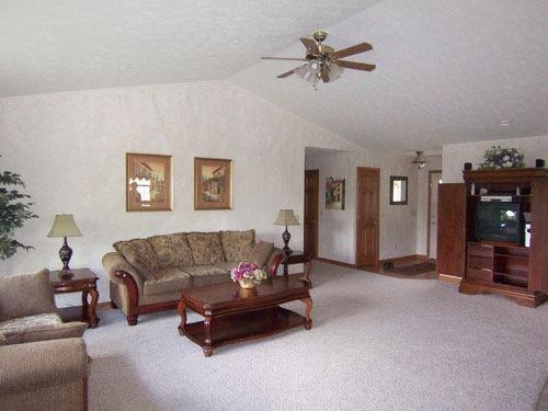 Apple Valley Ohio Living Room